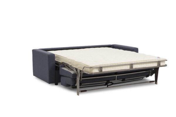Hovden Bed Inside First 160